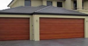 Find the Right Company When Your Garage Door Needs Service